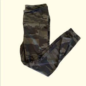 Camoflauge Reebok Leggings with Pockets